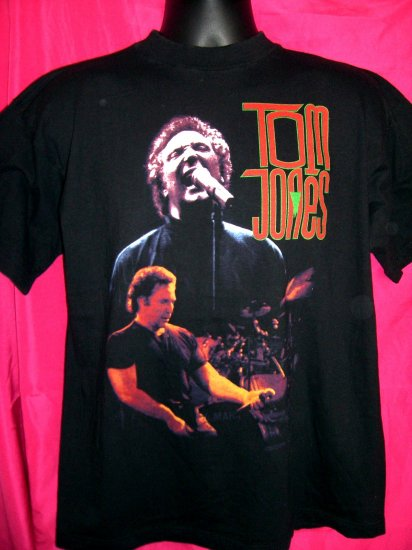 SOLD! Rare TOM JONES World Concert Large T-Shirt