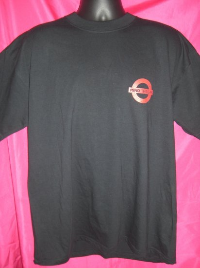 SOLD! MIND THE GAP XL T-Shirt London Subway System
