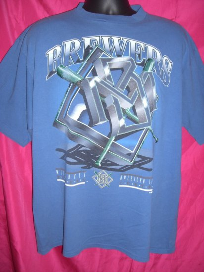 SOLD! Vintage 1993 Milwaukee Brewers XL T-Shirt Wisconsin WI