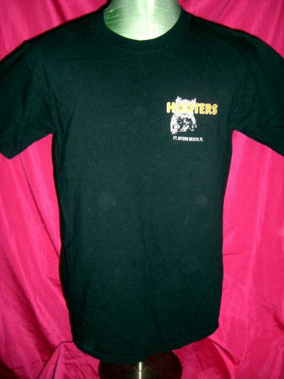 Funny Hooters Size Medium T-Shirt ~ Things Men Should Say To Date A Hooters Girl