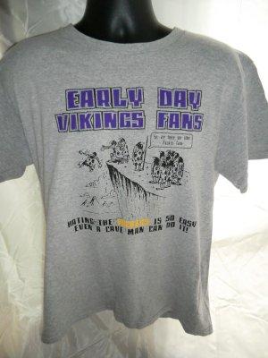 e63b914b SOLD! Funny Vikings Hate the Packers T-Shirt Size Medium