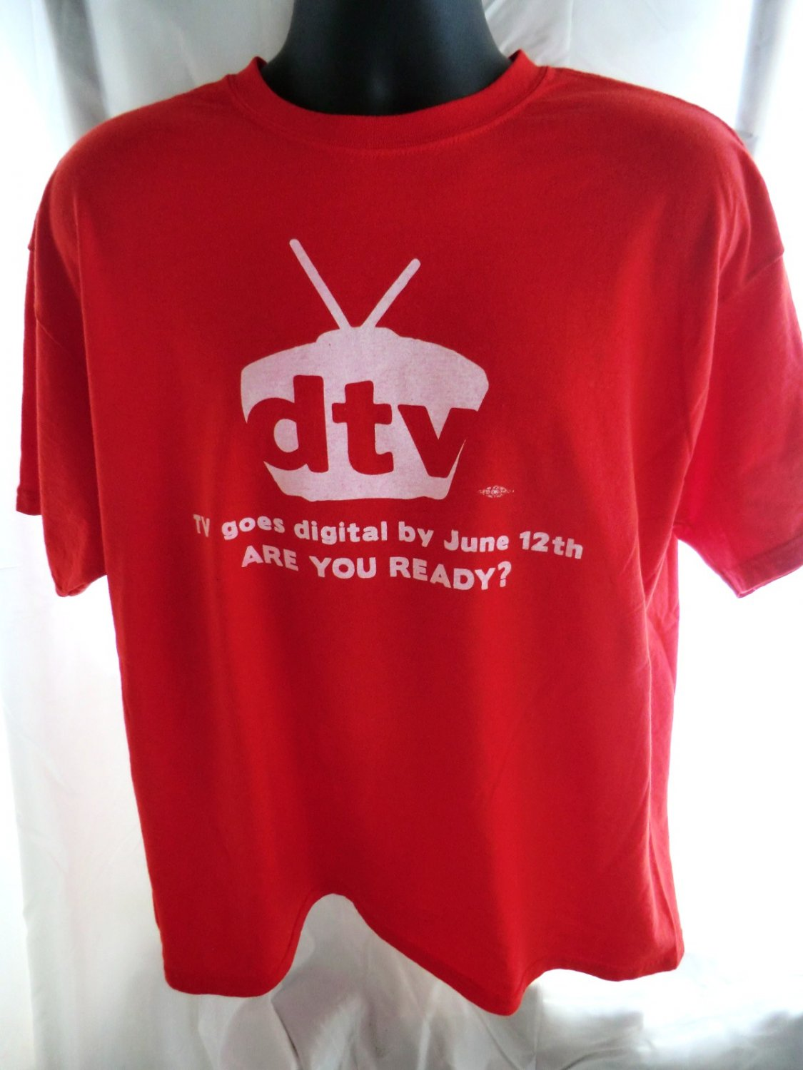 Government  DTV Are You Ready for Digital TV? Red T-Shirt, Size XL