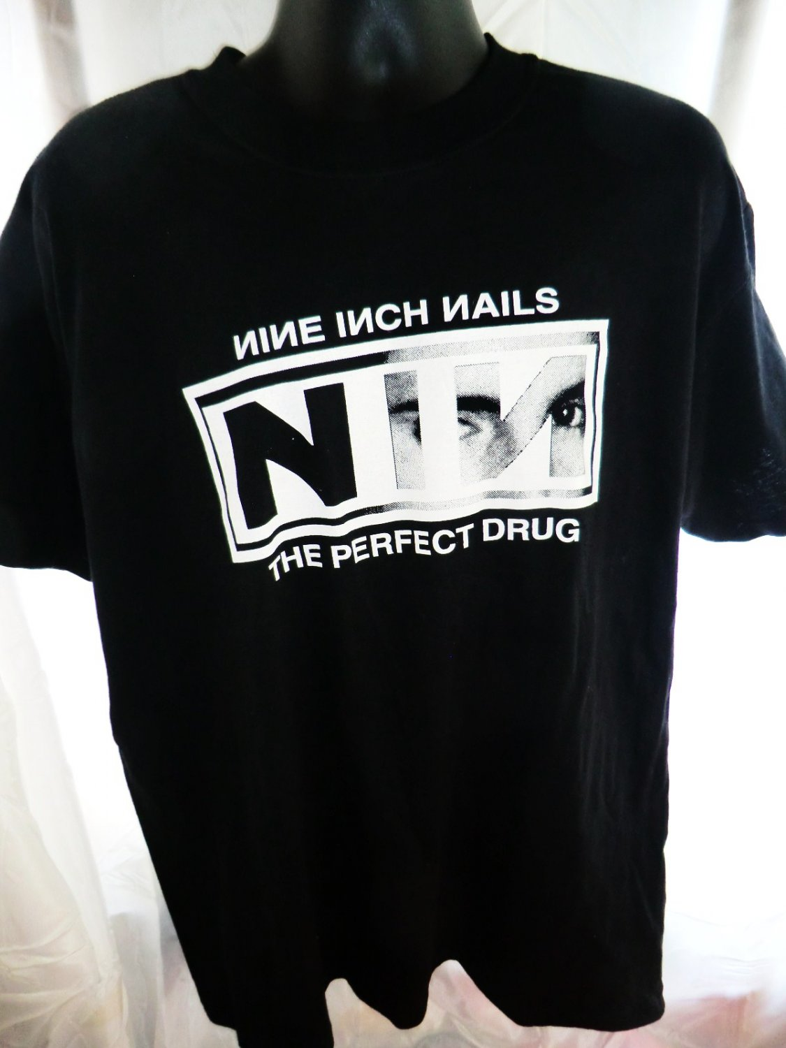 SOLD! Vintage NIN ~ Nine Inch Nails XL T-Shirt ~ THE PERFECT DRUG ...