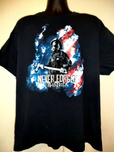 Never Forget 9/11 T-Shirt Size XL