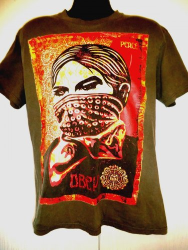 OBEY PEACE T-Shirt Size Large