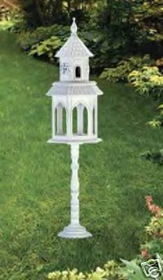 Victorian Style Birdhouse - a mini mansion made of wood - wonderful birdhouse!!