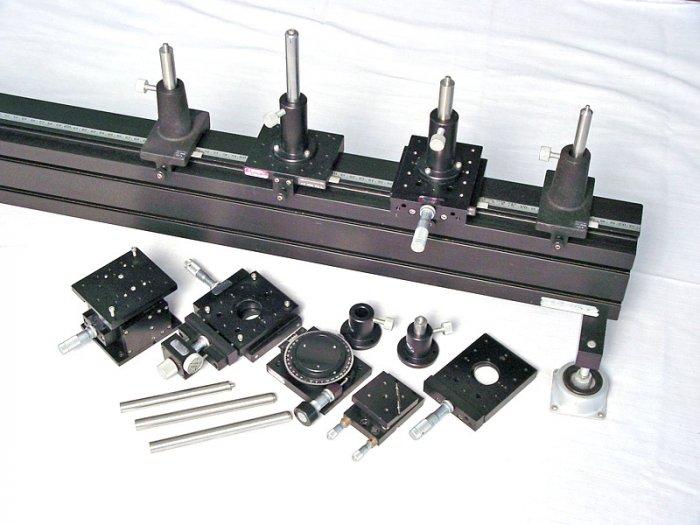 Oriel precision optical rail w/ carriers