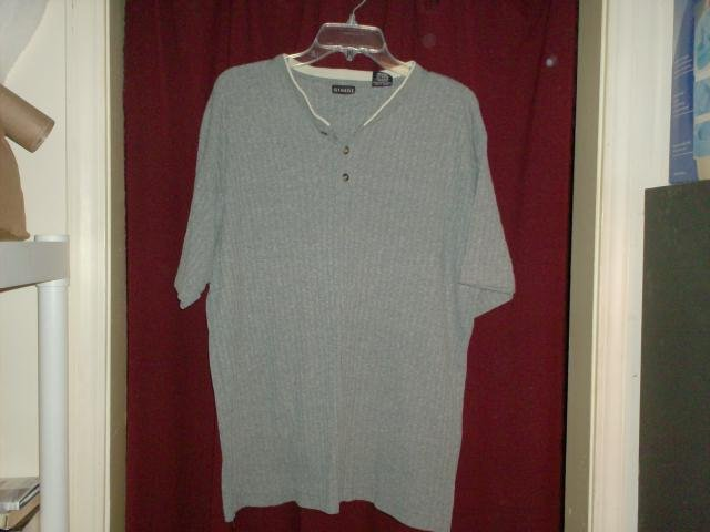 George Gray Henley Shirt, Size Medium, Nearly New