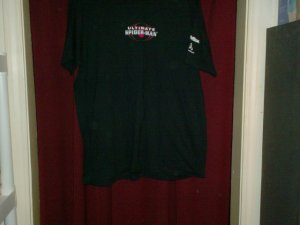 Ultimate Spider-Man T-shirt, Size Medium