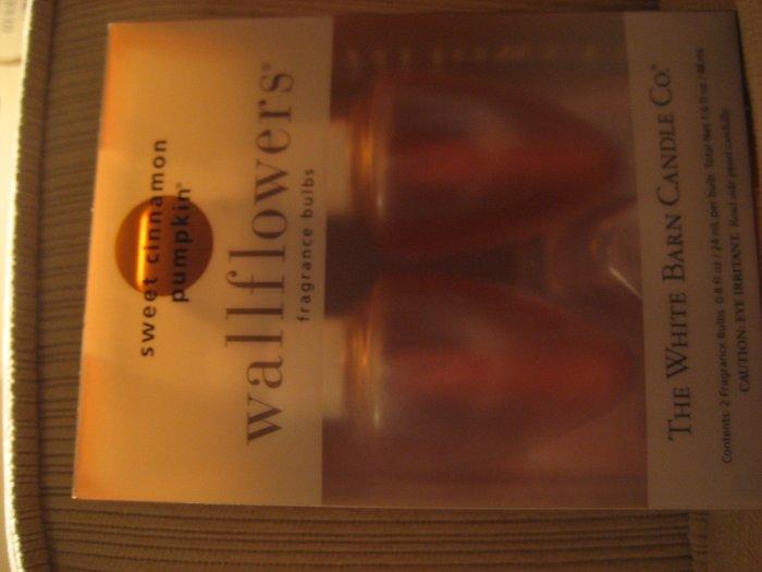 Bath & Body Works sweet cinnamon pumpkin wallflowers
