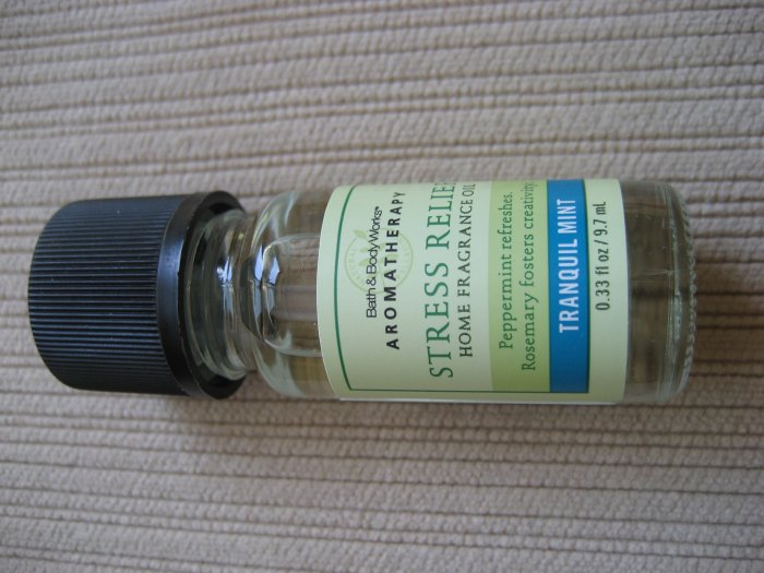 Bath & Body Works tranquil mint fragrance oil