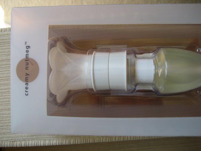 Bath & Body Works creamy nutmeg wallflowers