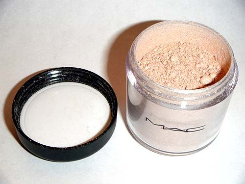 MAC Pigment *YOUR LADYSHIP* LE (¼ tsp)