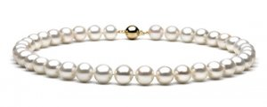 "16"" AAA Grade 9 to 10mm FreshWater Pearl Necklace"