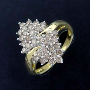 1.00 Ctw--10K yellow Gold Ring-size 7-Close out!