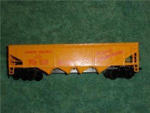 Tyco Union Pacific Railroad 4 Bay Hopper Car