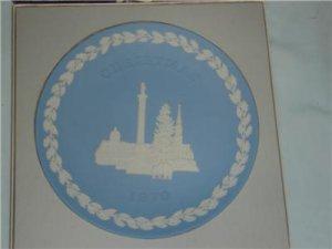 Wedgwood Jasper Christmas Plate 1970 Trafalgar Square