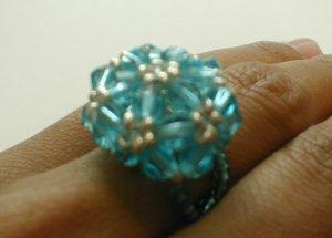 anillo cristal checo tejido