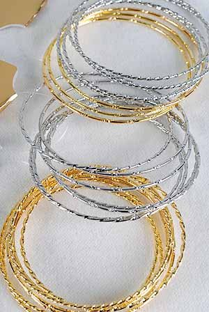 Bangles 7pcs With Design Carf 3'' Wide/DZ 7pcs Bangles,Choose Gold Silver Or 2-Tone