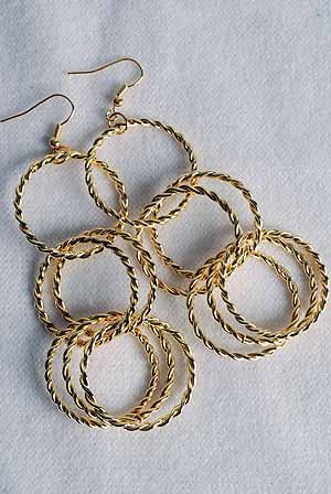 Earrings Gold Metal Circles,Post/DZ Gold