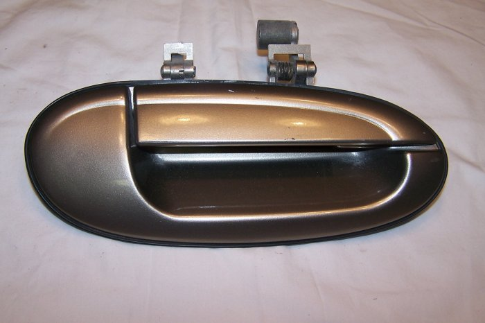 Ford  Taurus/Mercury Sable passenger rear door handle