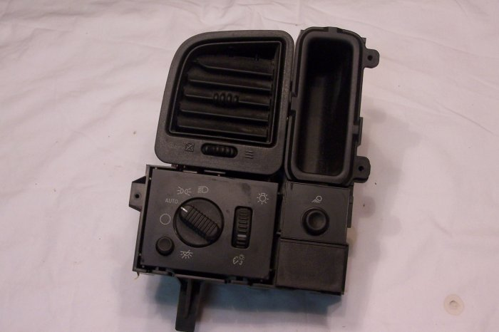 Chevy / GMC  headlight switch assy