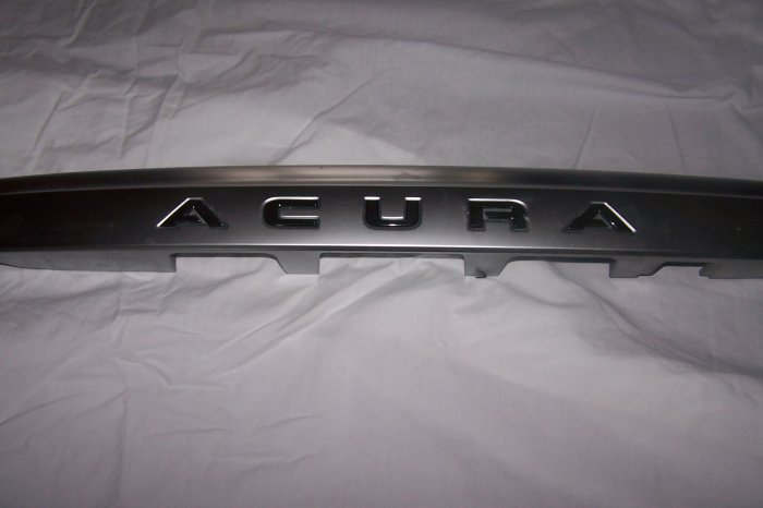 Acura MDX tail gate mounted crome finish