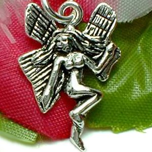 925 STERLING SILVER FLYING FAIRY CHARM / PENDANT