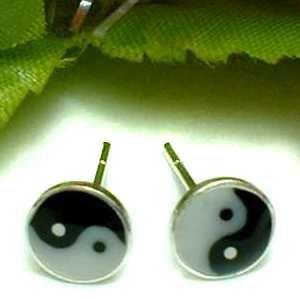 925 STERLING SILVER ONYX YING YANG STUD EARRINGS