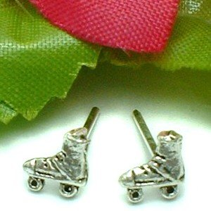 925 STERLING SILVER ROLLER SKATE STUD EARRINGS