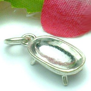 925 STERLING SILVER FOOTED BATHTUB CHARM / PENDANT