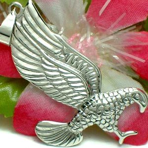 925 STERLING SILVER FLYING HAWK EAGLE CHARM / PENDANT