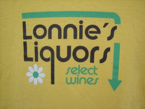 """Old Navy Perfect Fit """"Lonnies..."""" Tee SIZE SMALL"""