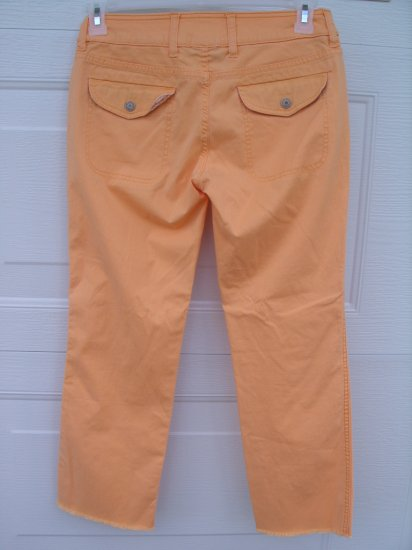 Gap Orange Low Rise Crop Capris SIZE 4