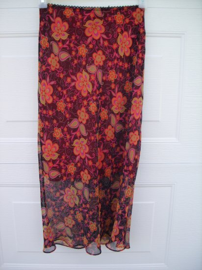 Sans Suci Floral Skirt SIZE MEDIUM