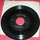45 RPM RECORD FROSTIE SNOWMAN HARK HERALD ANGELS SING