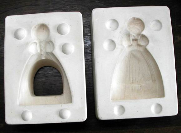 SCRUBBY STRAW GIRL CERAMIC MOLD KIMPLE COUNTRY HOME
