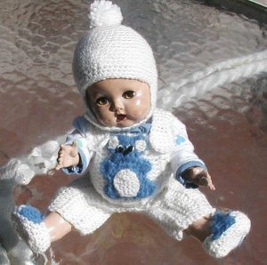 """BABY DOLL CLOTHES  11 1/2"""" DOLL - CROCHET USA HAND MADE, HOME MADE.  T-SHIRT AND DIAPER"""
