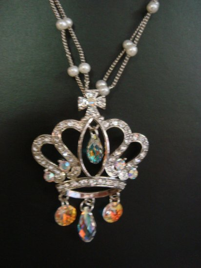 Swarovski Crystal Crown Necklace