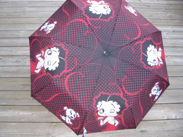 Betty Boop Folding Umbrella  Blowing in Kiss Style  #30600$34.99