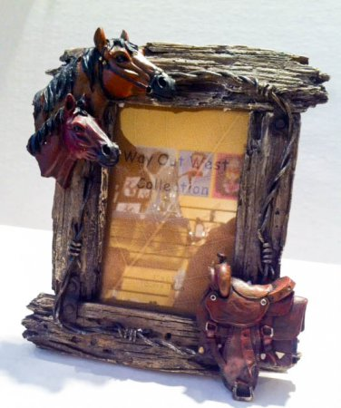 Horse Picture frame $21.00 #XB-1067