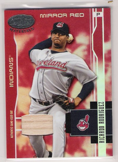 2003 LEAF CERTIFIED RICARDO RODRIGUEZ INDIANS MIRROR RED GAME-USED BAT CARD