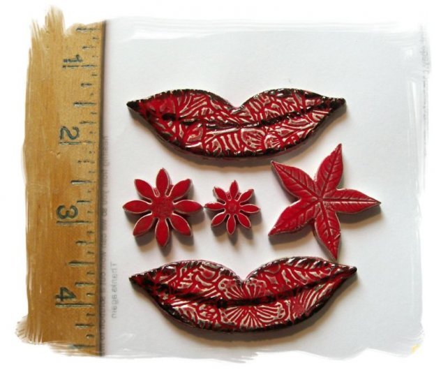 Mosaic Tiles ~LIPS & STARS~ 5 Kiln Fired  Embossed Clay