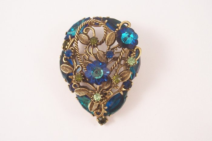 Vintage  Juliana Brooch Bermuda Blue Vitrail Margarita Rhinestone Brooch Delizza and Elster
