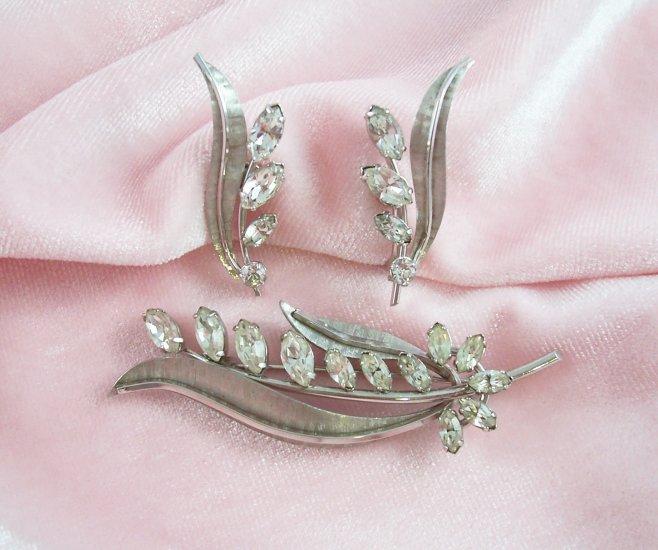 Vintage Krementz Rhinestone Brooch Earrings Demi Set