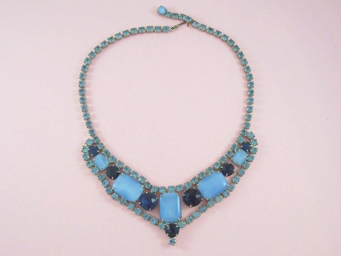 Vintage Blue Moon Glow Cabochon Rhinestone Necklace Moonstones