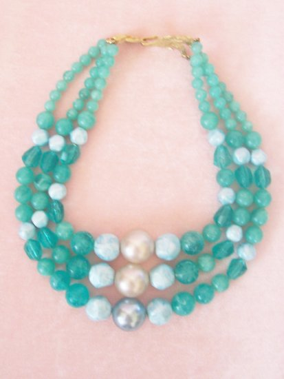 Vintage Green Marbled Multi Strand Beaded Necklace Large Beads
