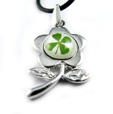 Real Four 4 Leaf Clover Necklace Pendant Charm Flower