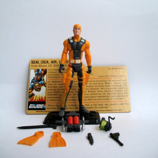 Lt. Torpedo G.I. JOE 25th Anniversary Edition Toys R Us TRU Exclusive Senior Ranking Officer 3-Pack
