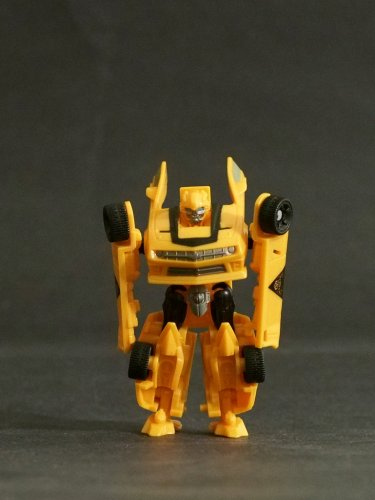 Transformers Bumblebee DOTM Dark of the Moon Cyberverse Hasbro